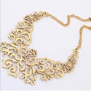 Jewelry - Big GOLD STATEMENT NECKLACE bib floral metal chain